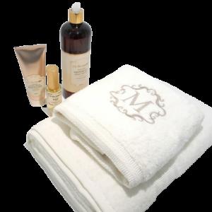 חיה עמר - רקמה ומתנות בעיצוב אישי - 2 מגבות סבון ג'ל וקרם